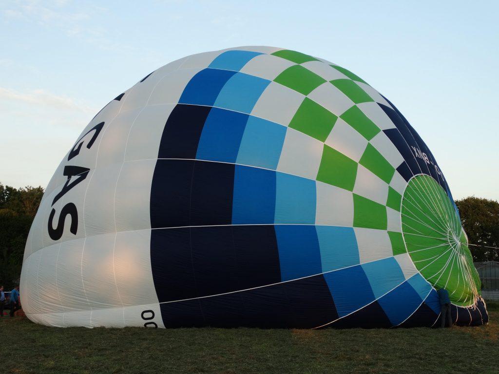 Luchtballon Seminck_opblazen 2